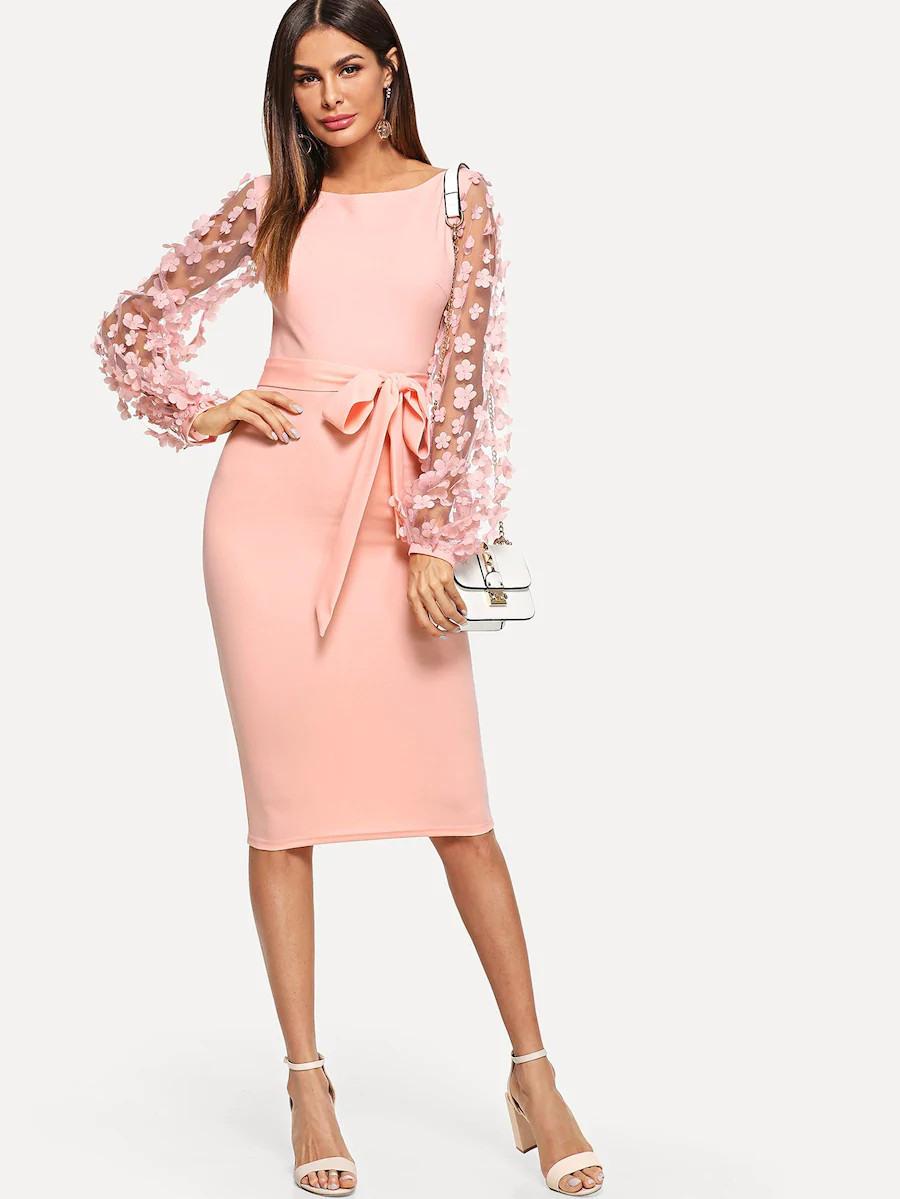 Shein Kleid Mit Transparenten Ärmeln, Blumenapplikationen Und Gürtel