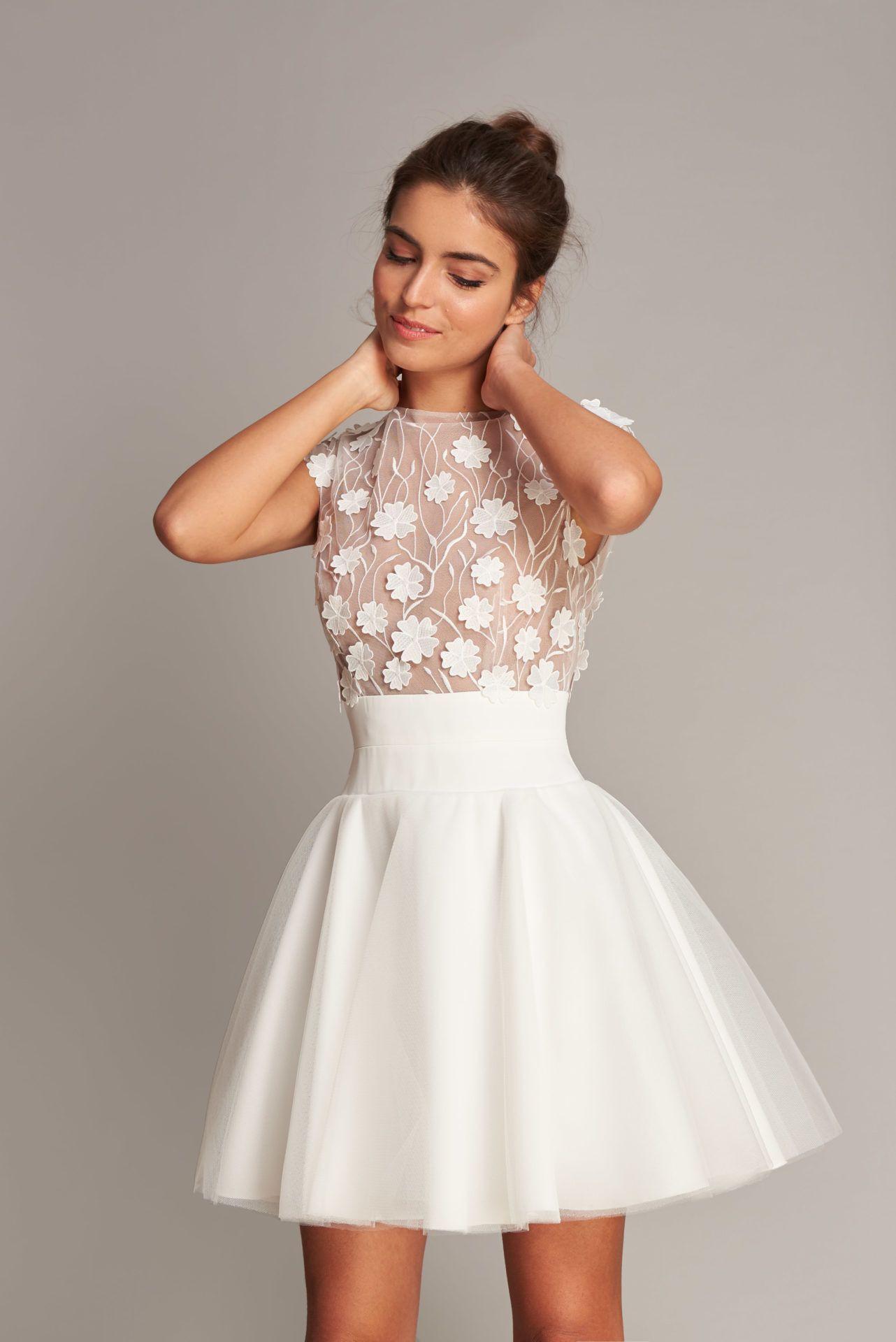 Spitze Brautkleid Fabienne Alagama In 2020 | Hochzeitskleid