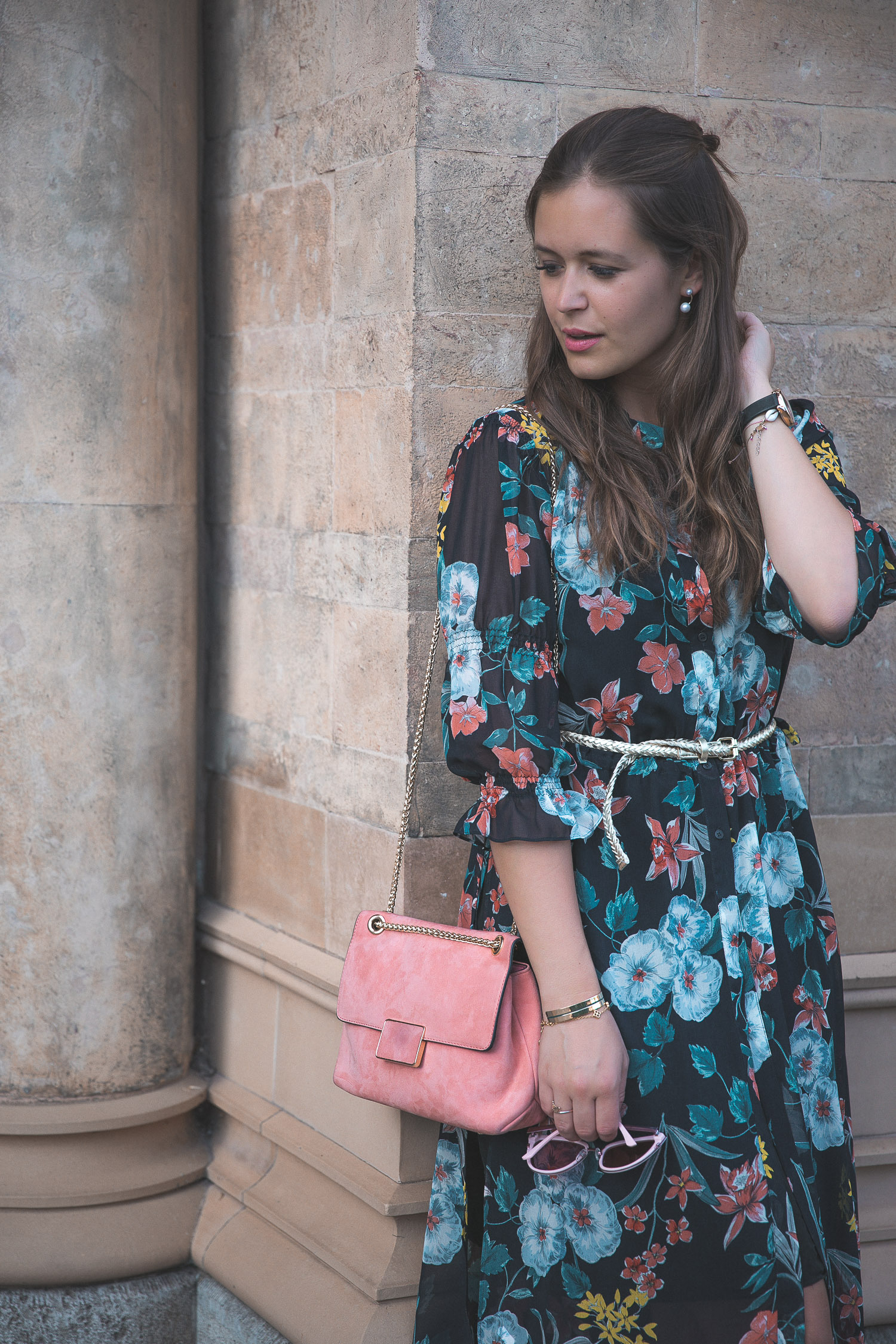 Styling-Tipps Für Hochzeitsgäste: Das Hemdblusenkleid