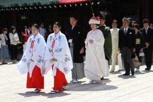 Traditionelle Brautmode In Asien - So Heiratet Die Alte Welt