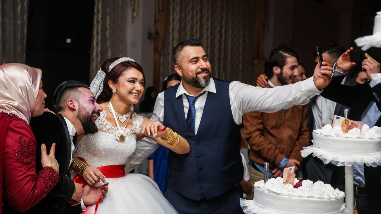 """Türkische Hochzeit: """"Ich Hab Denen Gesagt, Ich Trag Kein"""
