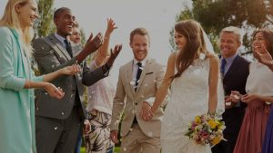 Was Für Ein Hochzeitskleid Trägt Man Bei Zivilen Trauungen