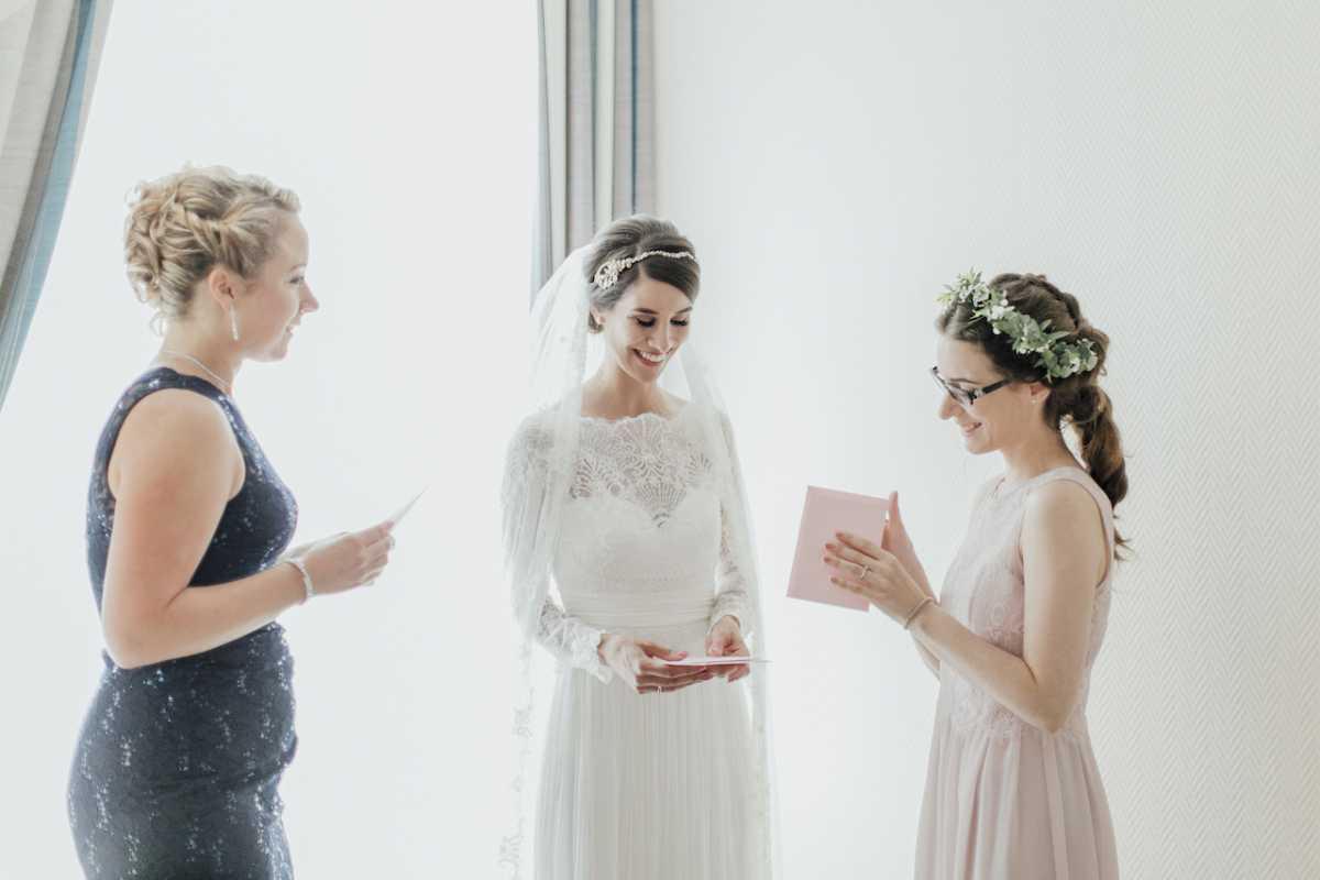 Was Trage Ich Eigentlich Als Gast Auf Einer Hochzeit