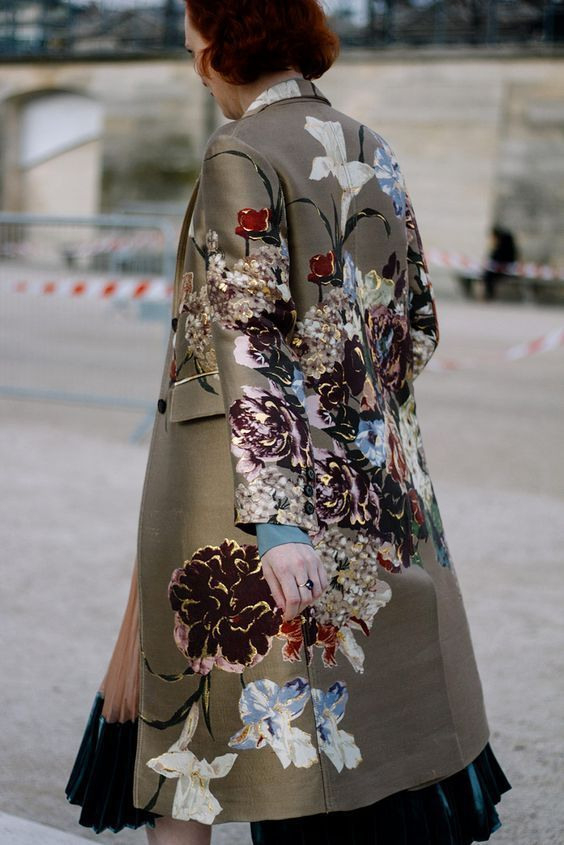 16 Florale Outfits Die Im Herbst Funktionieren  Outfit