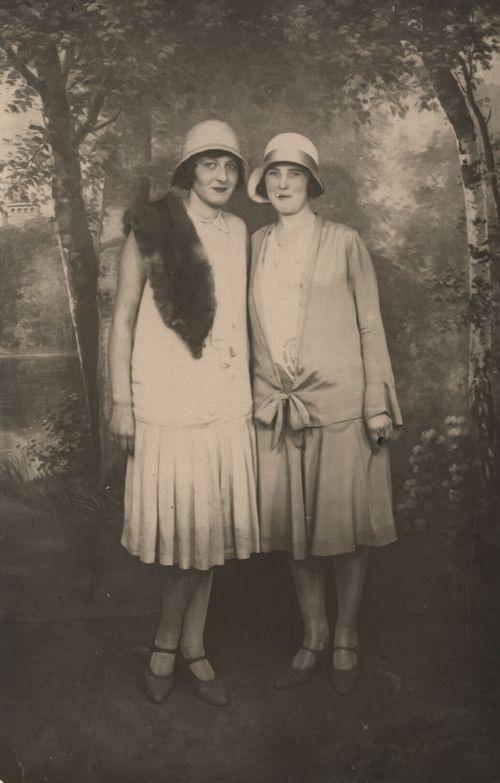 1920S …  20Er Jahre Mode 20Er Jahre Kleidung Modegeschichte