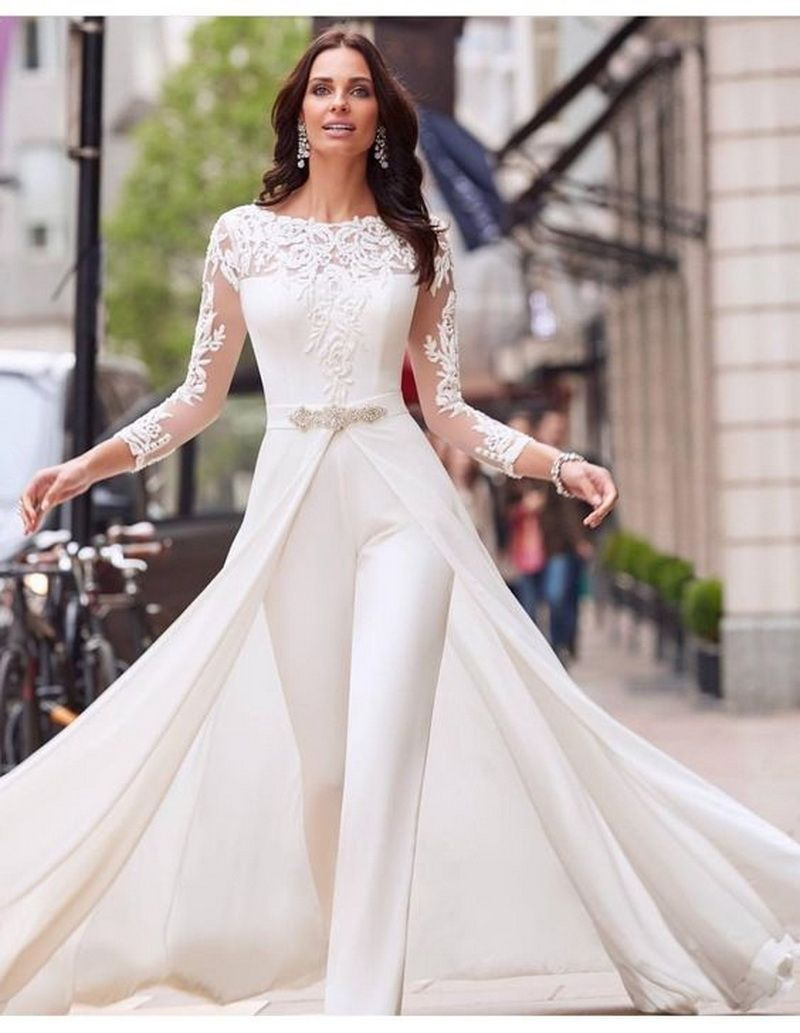 25 Gorgeous Wedding Dress Designs That Inspire You