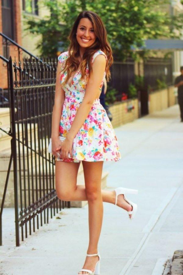 25 Romantische Und Lässige Damen Kleider Mit Blumenmotiven