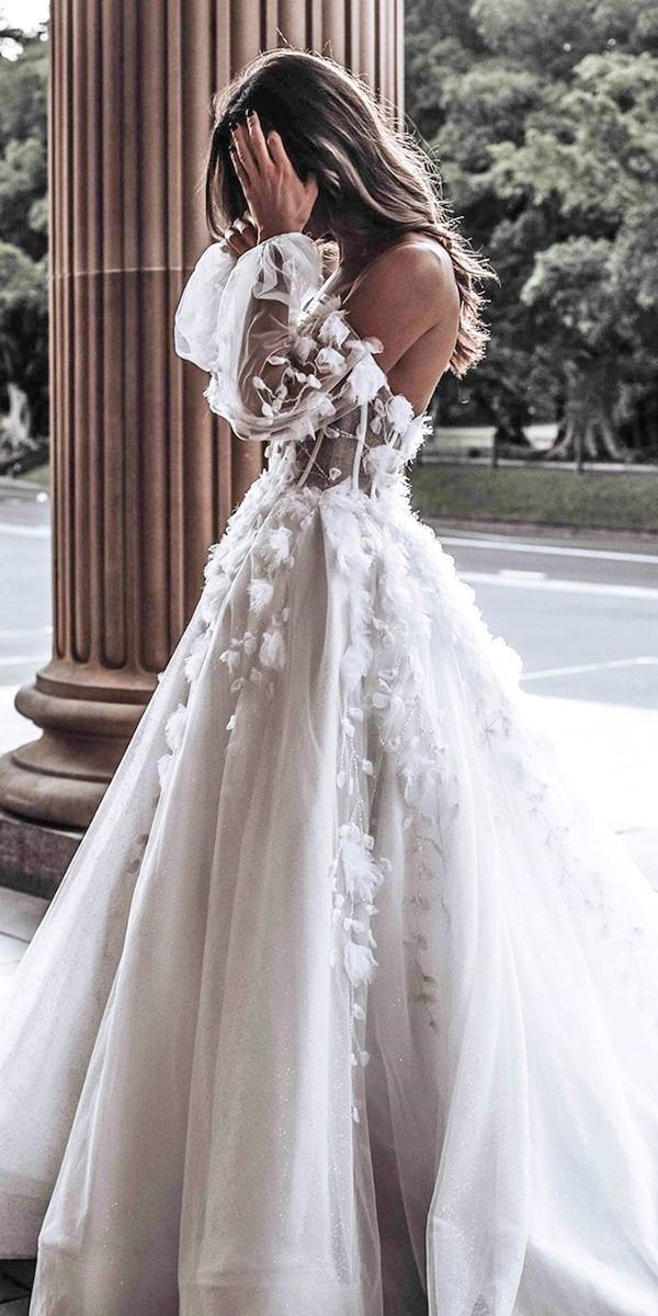 29 Stora Aline Bröllopsklänningar Aline