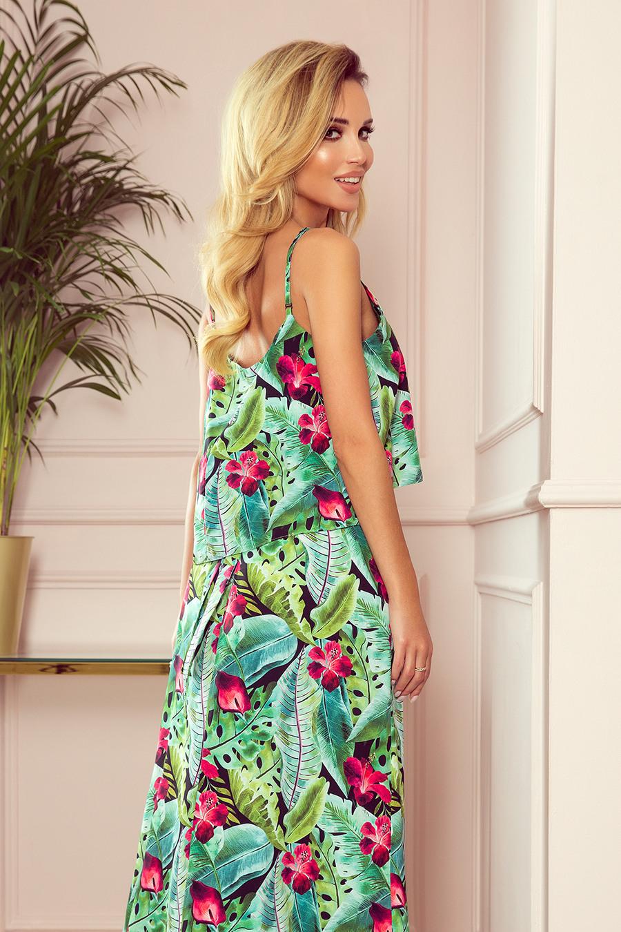 2942 Ein Langes Sommerkleid Mit Trägern  Grüne Blätter