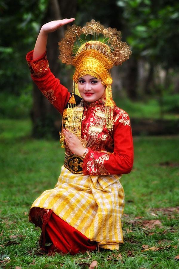 31 Besten Traditional Cloth Of Indonesia Bilder Auf