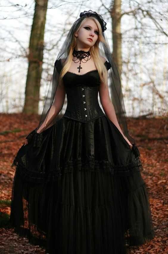 45 Stijlvol Gothic Hochzeitskleid In 2020  Gothic Mode