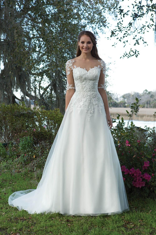 6191  Kleider Hochzeit Brautmode Braut