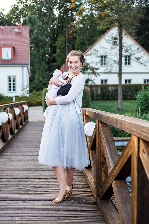 Als Hochzeitsgast Mit Baby  Unsere Tipps  Outfit