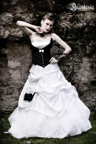 Anastasia Rockabilly Brautkleid  Gothic Hochzeitskleid