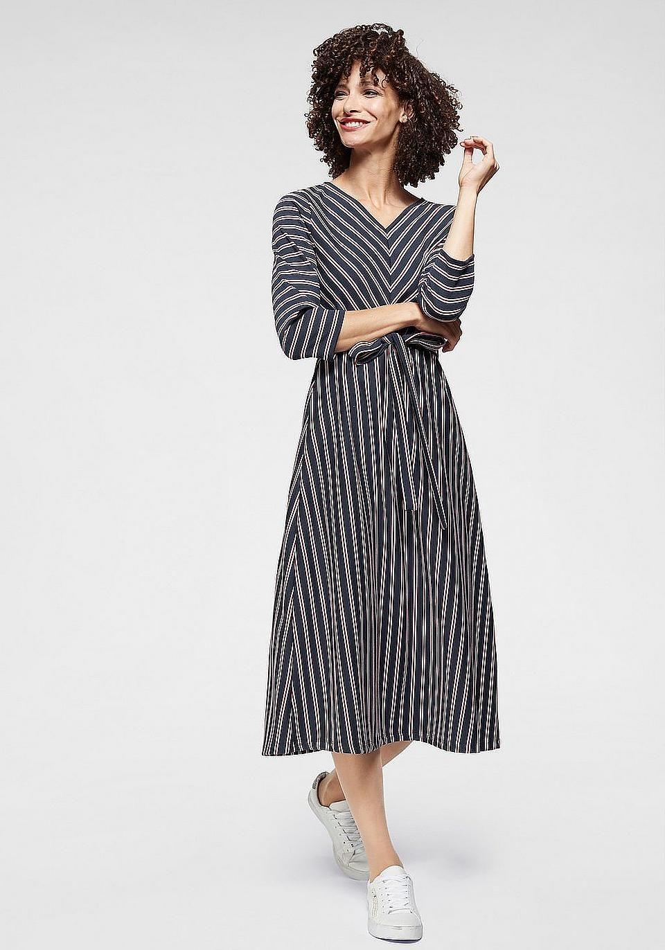 Aniston Selected Jerseykleid Mit Stretchanteil Online