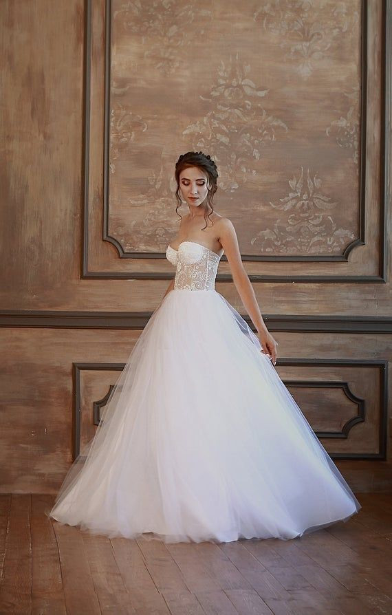 Ärmellos  Ballkleid  Brautkleid  Kleid  Korsett