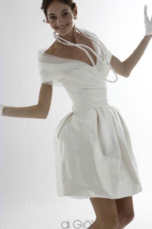 Atemberaubende Kurze Brautkleider Und Zweiteiler Für Ihre