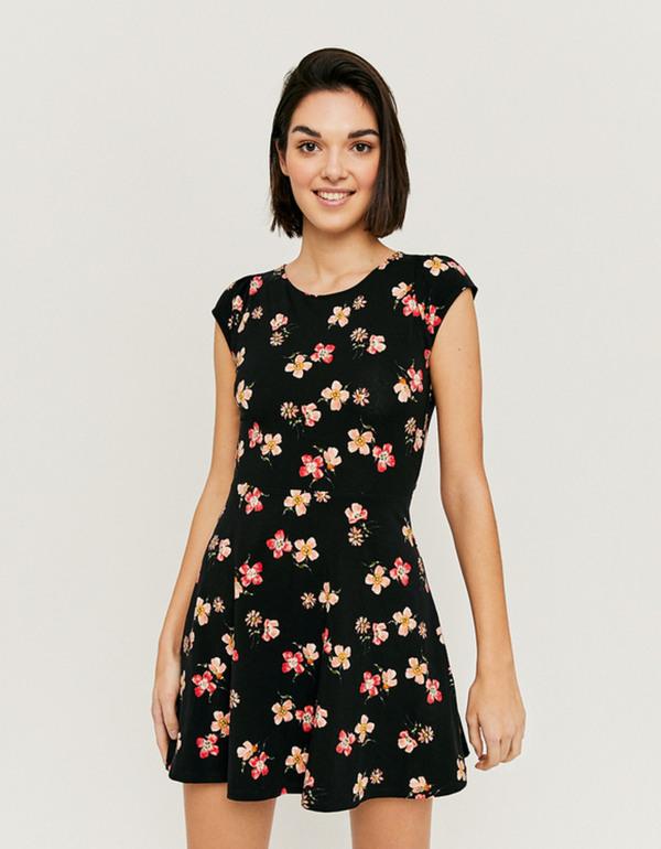Ausgestelltes Kleid Mit Blumen Von Tally Weijl Ansehen
