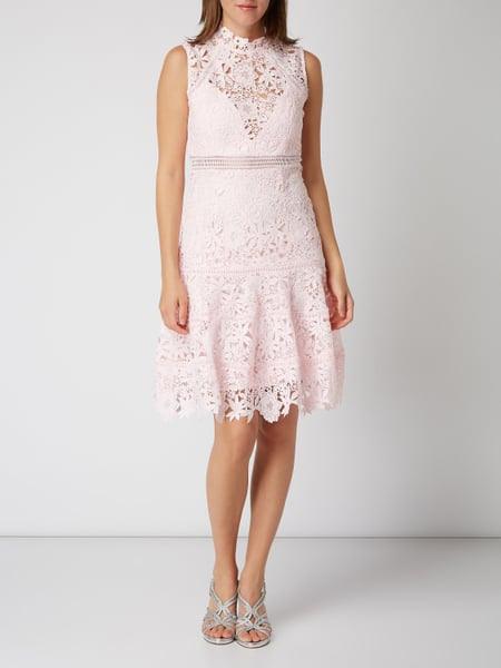 Bardot Kleid Aus Floraler Häkelspitze In Rosé Online