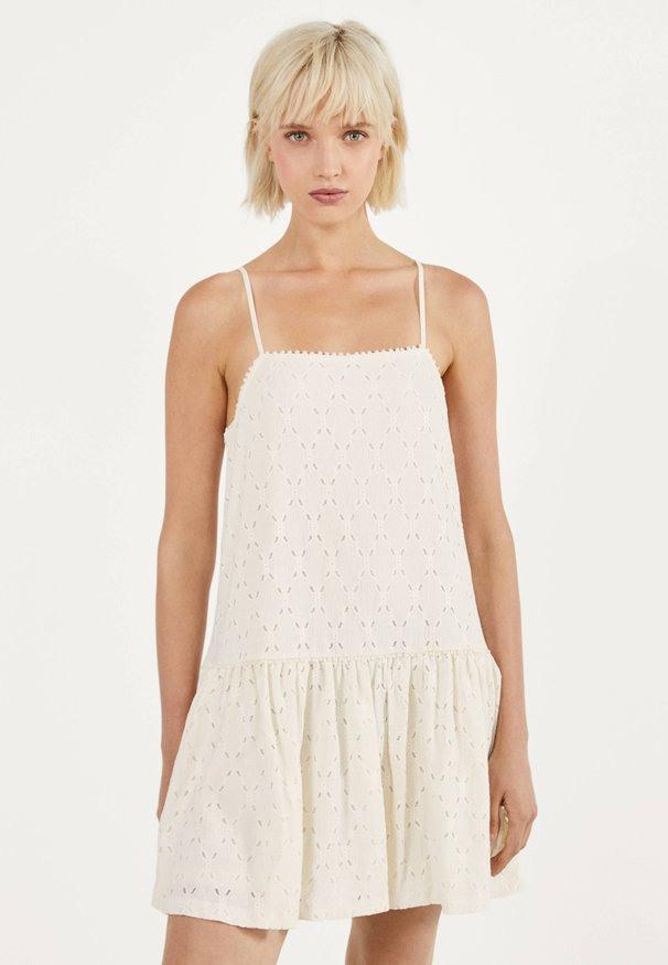 Bershka Kleider Versandkostenfrei  Entdecke Dein Neues