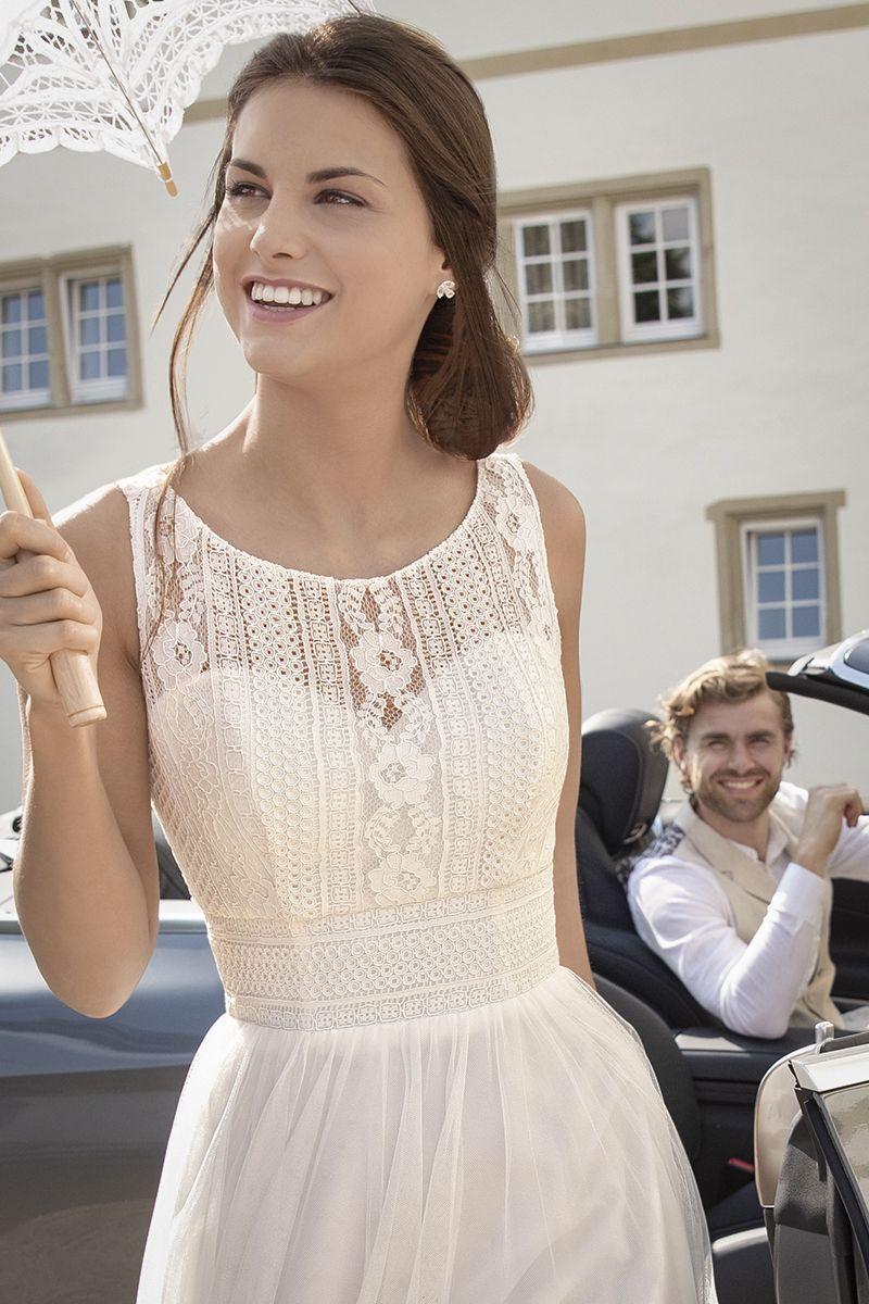 Bezauberndes Und Stilvolles Kurzes Brautkleid Im Vintage