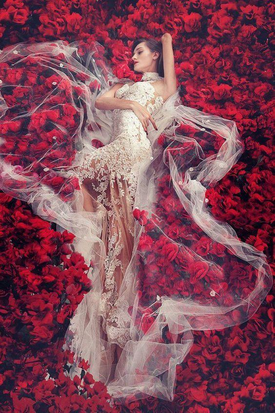 Bild Von Ahang Ram Auf Red  Weibliches Portrait