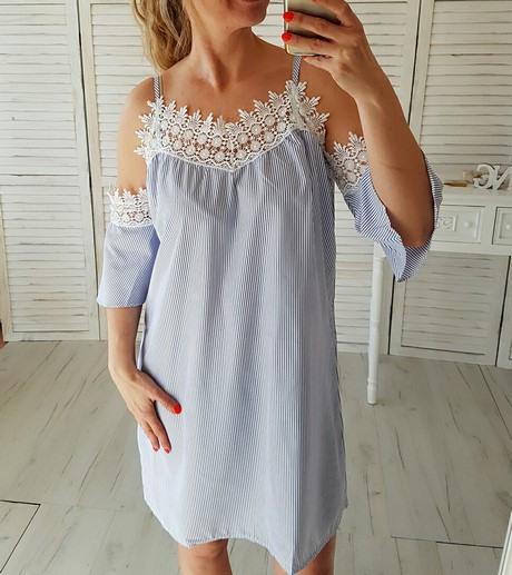 Blau Gestreiftes Kleid