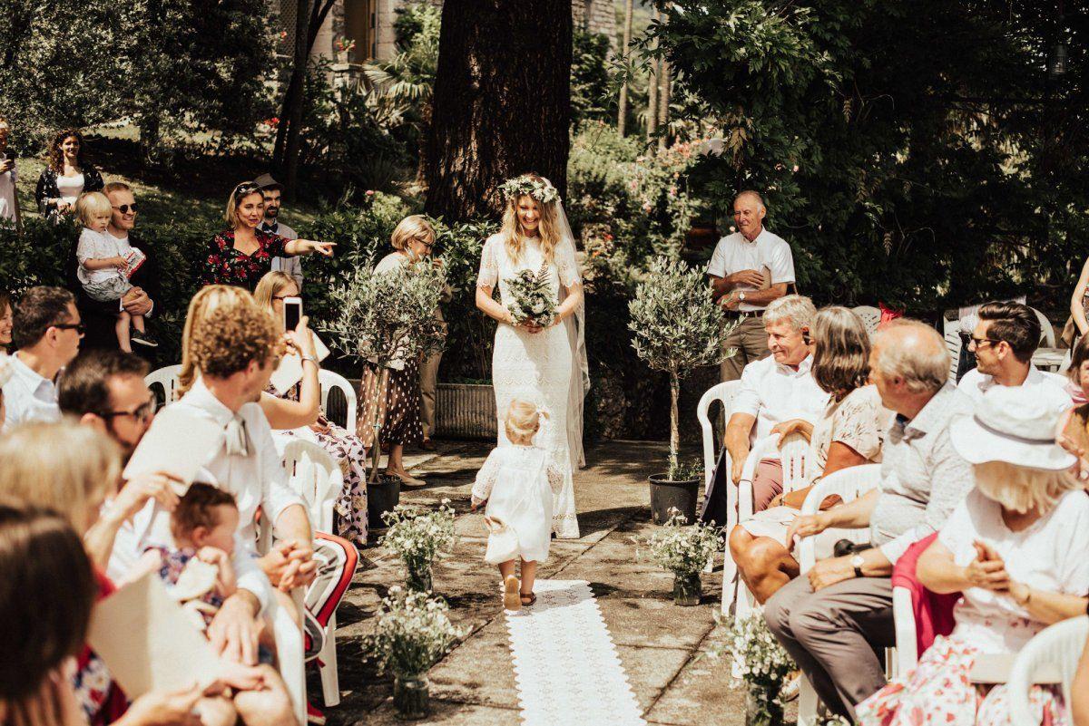 Blumenkinder Hochzeit  Tipps  Ideen I Weddyplace