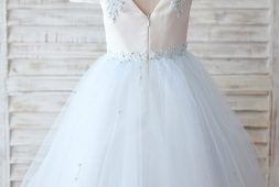 babyblau-kleid
