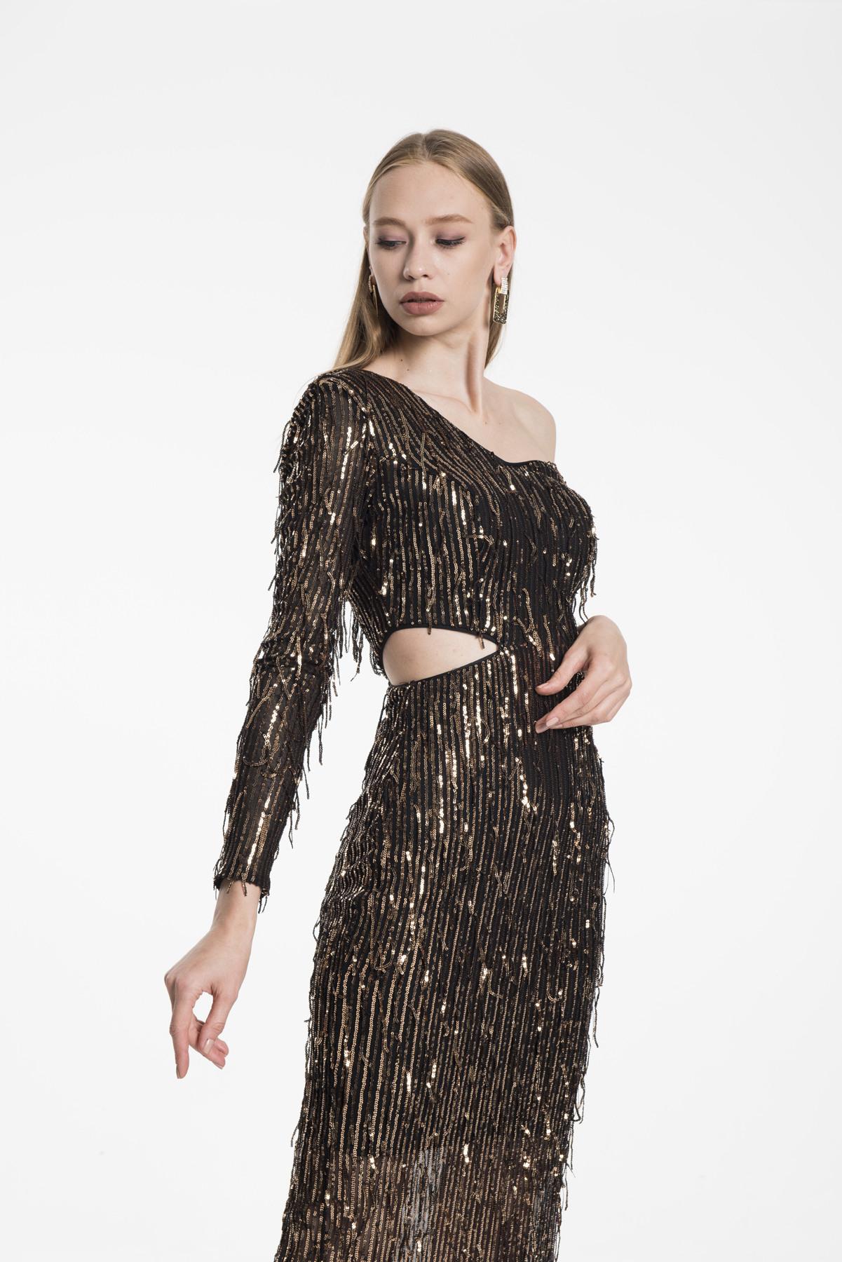 Bodenlanges One Shoulder Kleid Mit Seitlichem Cut Out