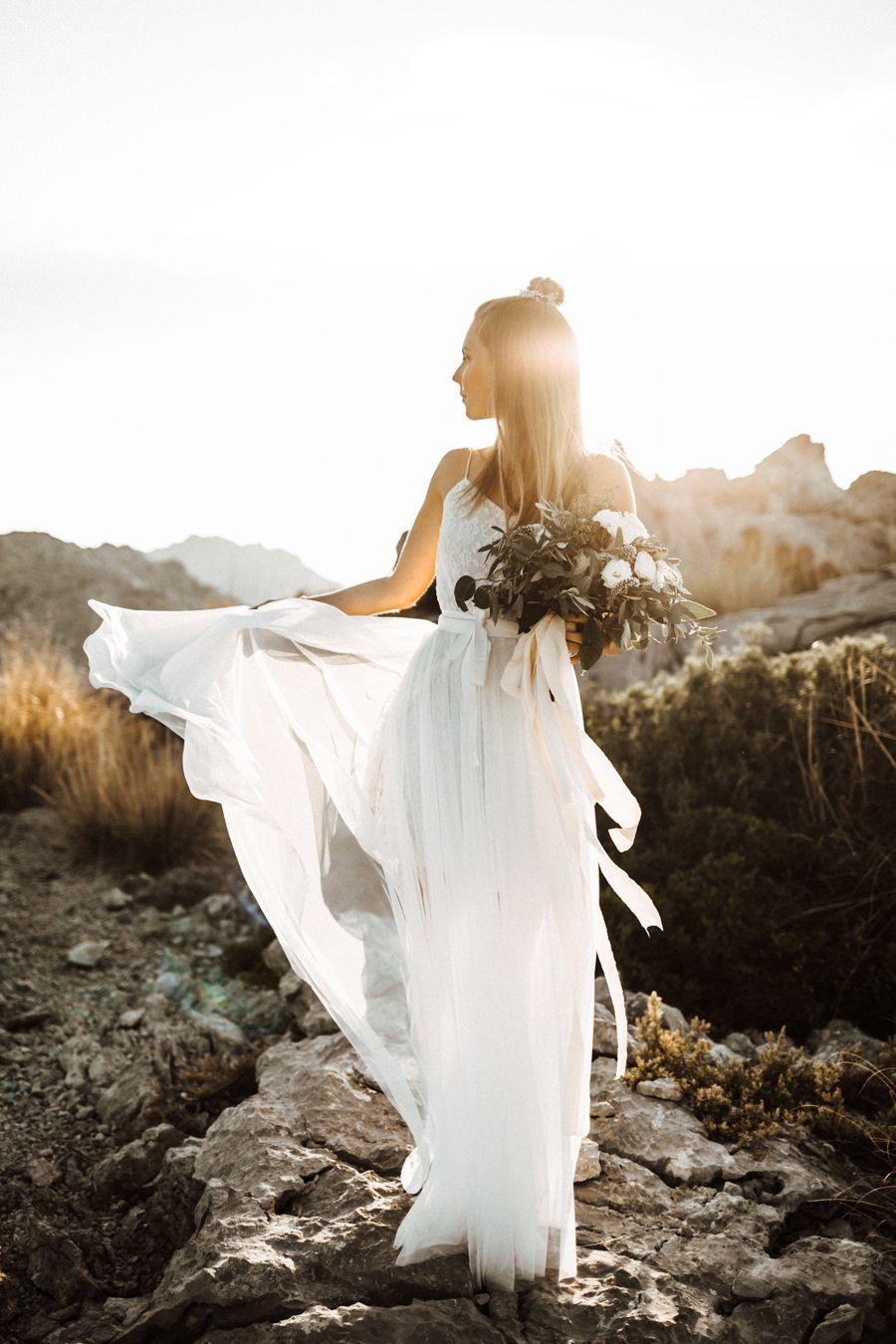 Boho Liebe Auf Mallorca  Böhmische Hochzeitskleider
