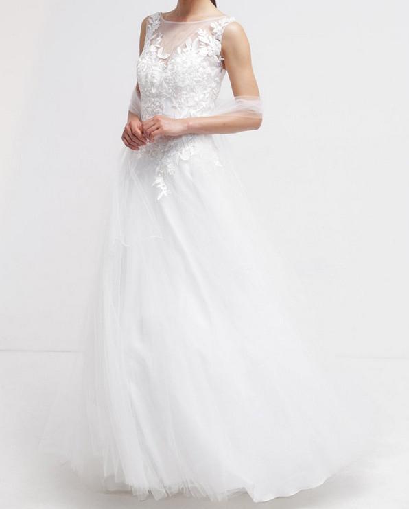 Brautkleid Für Die Hochzeit Auf Mallorca  Mit Unseren