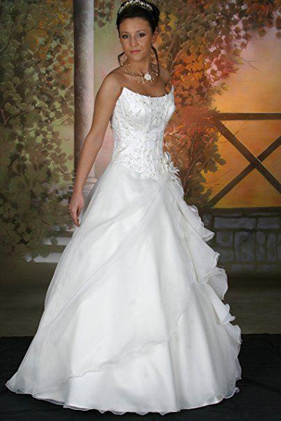 Brautkleid Hochzeitskleid Mit Schleppe Reifrock