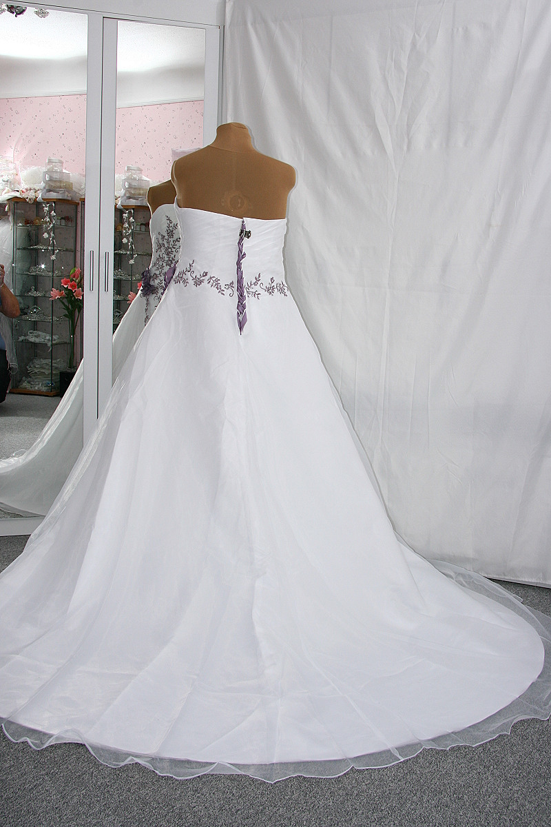 Brautkleid Hochzeitskleid Weiß Flieder 42 Bis 54  Nazzals