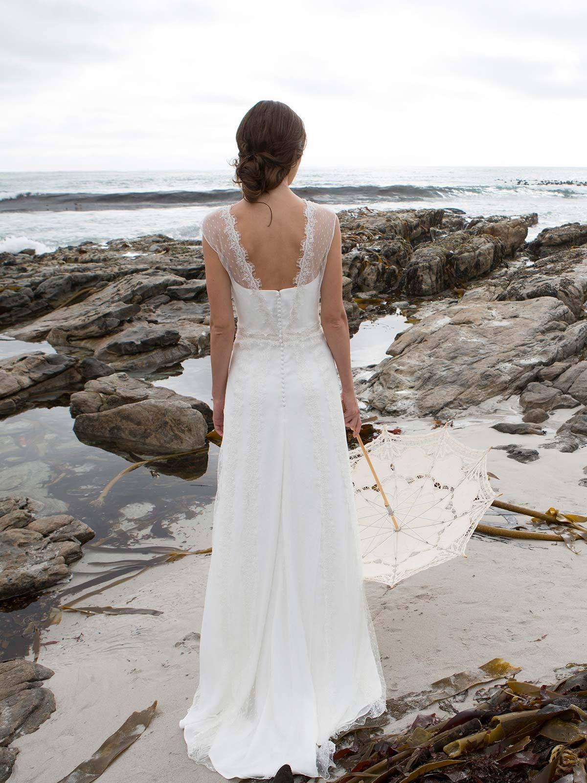 Brautkleid Maya Von Rembo Styling Auf Jade  Kleider