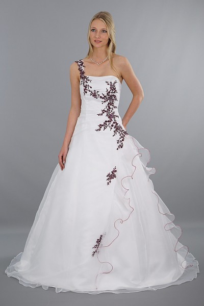 Brautkleid Modell Lilly  Rot Bestickt  Schmetterling
