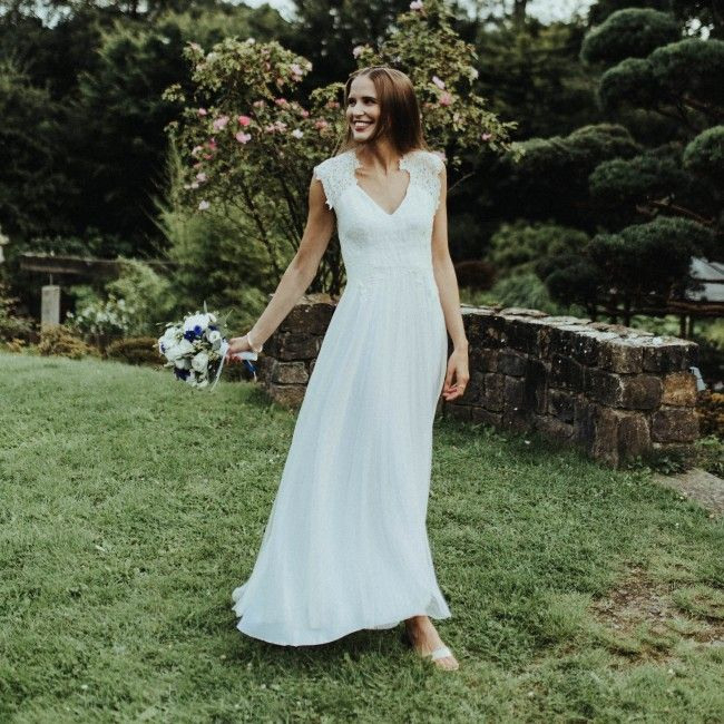 Brautkleiddetails  Perfekte Hochzeitssandalen