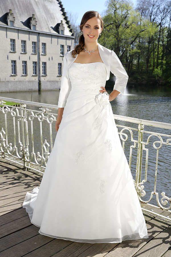 Brautkleider Große Größen  Atemberaubend Schön In 2020