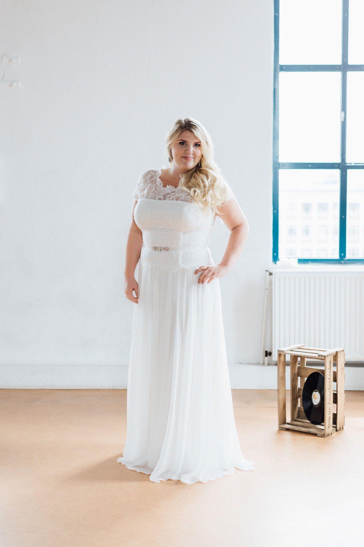 Brautkleider Große Größen  Brautmode Brautkleid Kleid