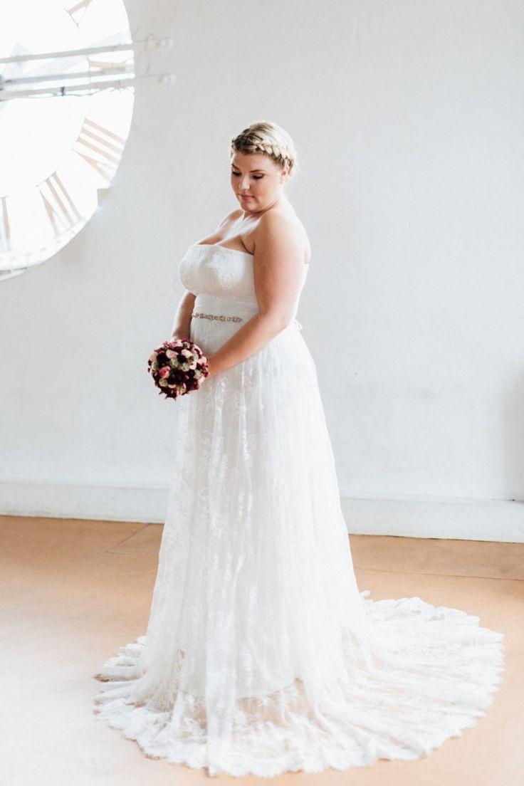 Brautkleider Große Größen Mit Bildern  Brautkleid