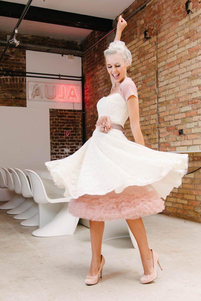 Brautkleider Kurz Lässig  Frech  Petticoat Kleid