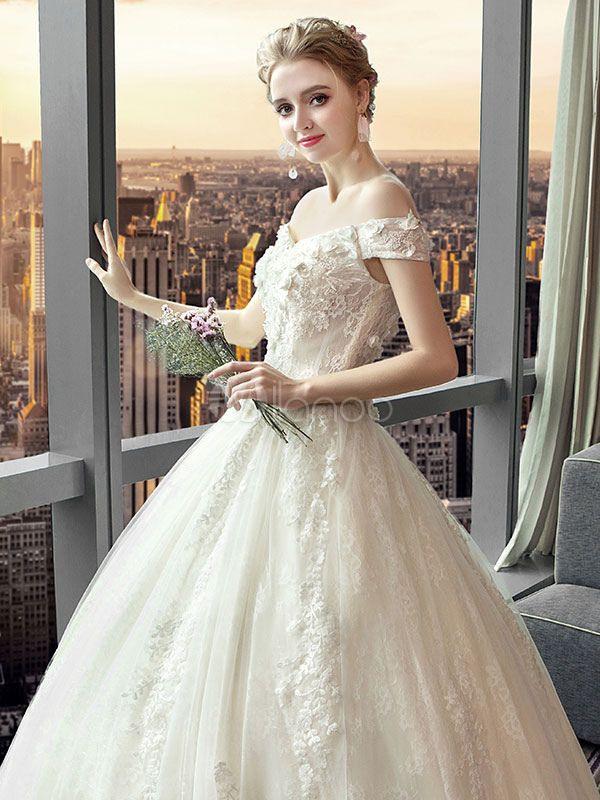 Brautkleider Prinzessin Elfenbeinfarbe Und Bateaukragen