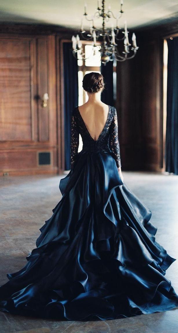 Bridal Fashion  Black Wedding Dresses  Hochzeitskleid