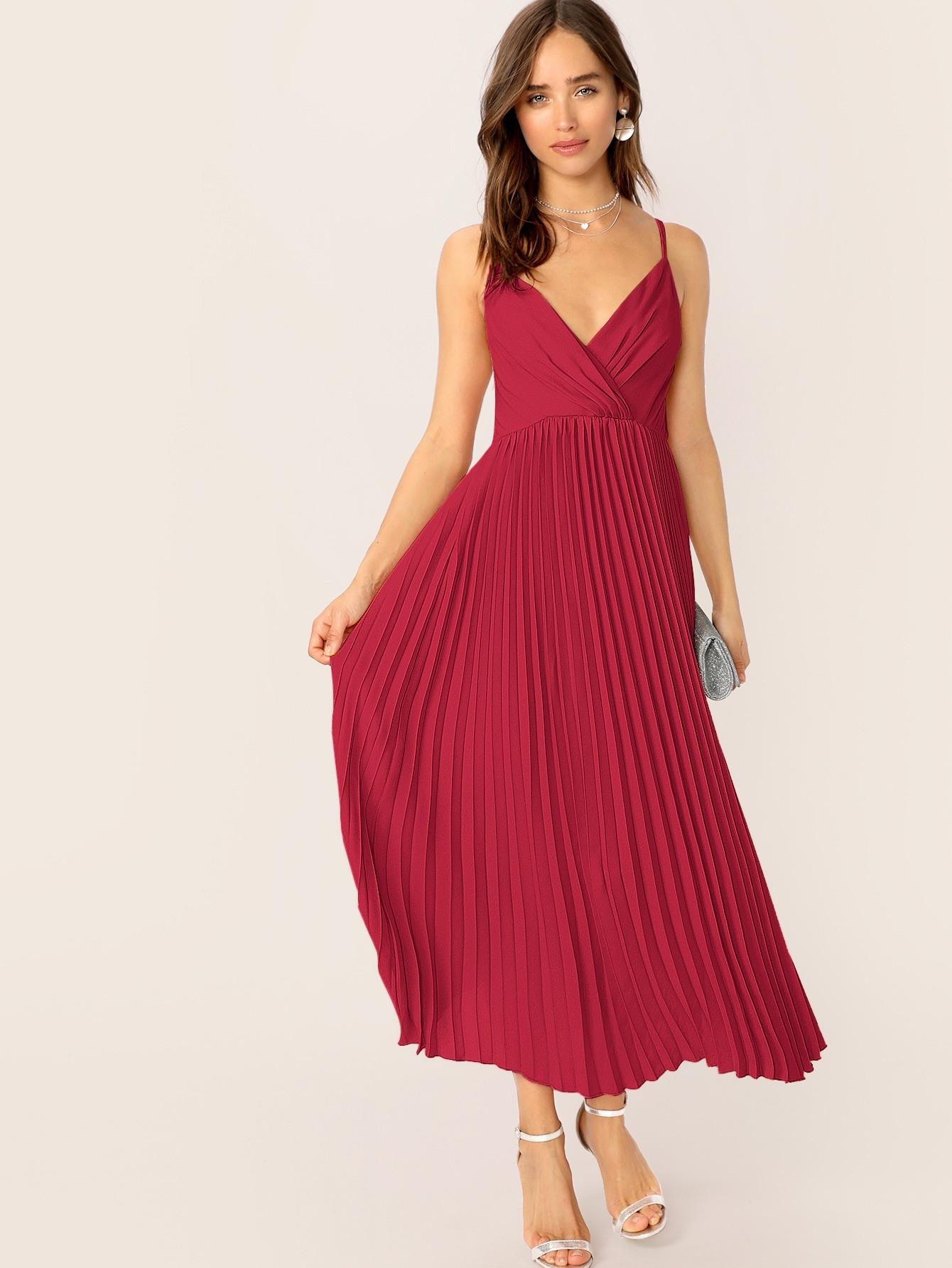 Cami Kleid Mit V Ausschnitt Und Plissee  Shein