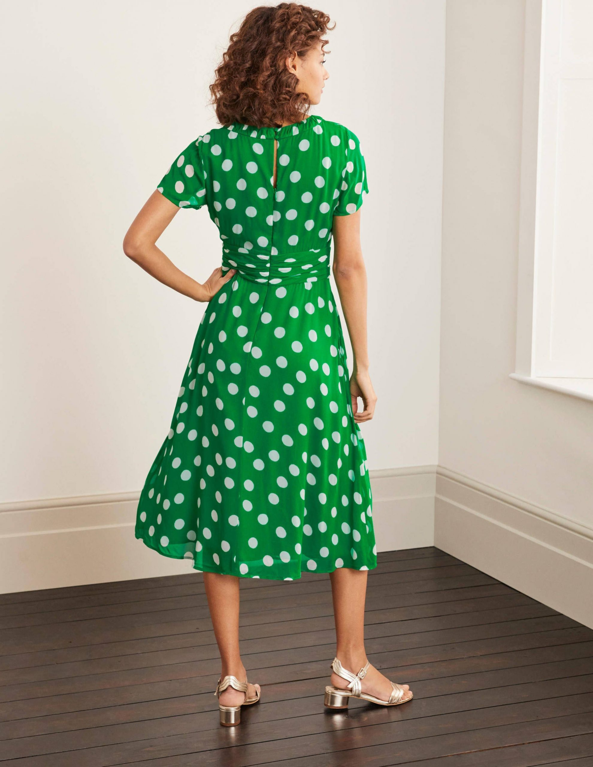 Carey Kleid  Sattes Smaragdgrün Bodentupfen  Boden De