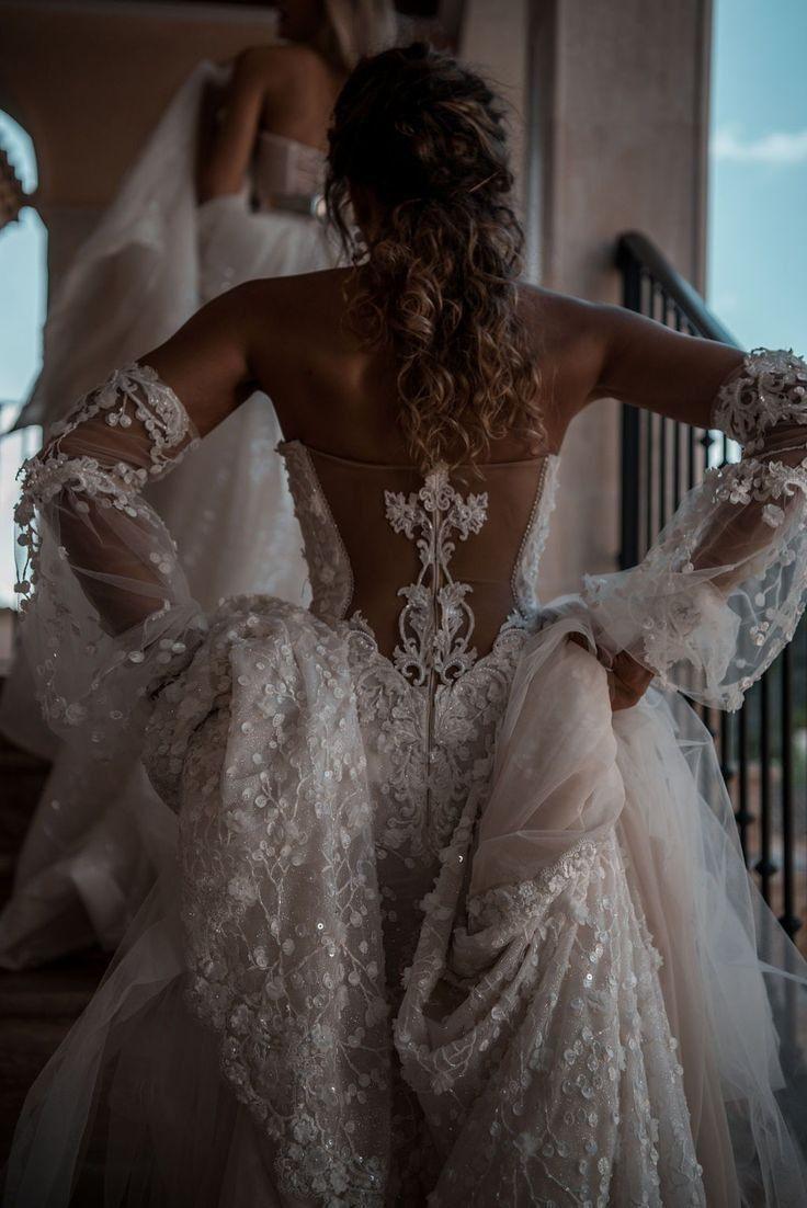 Λиƭĥɛŀyии •° 👑 2019 Brautkleider Abendkleider
