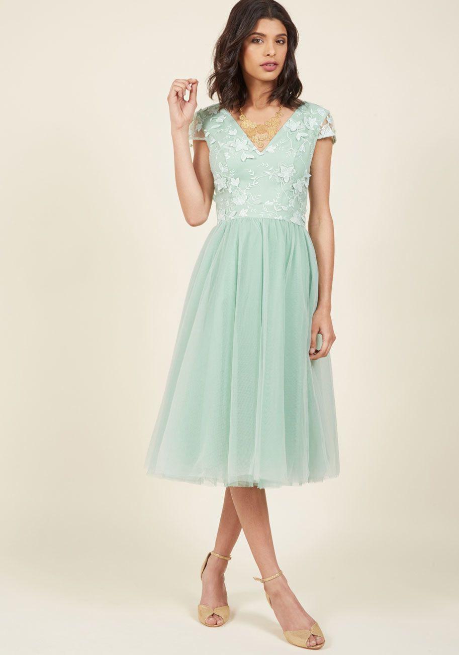 Chi Chi London Damen Kleid Sequin Midi  Stylische Kleider