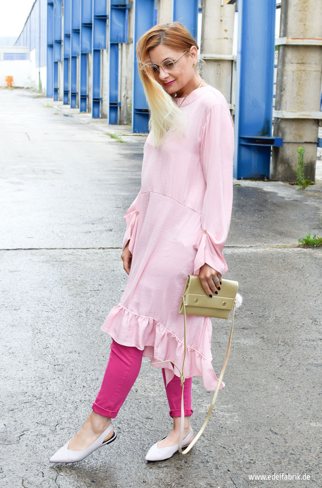 Colorblocking Mit Rosa Und Pink / Kleid Über Hose / Outfit