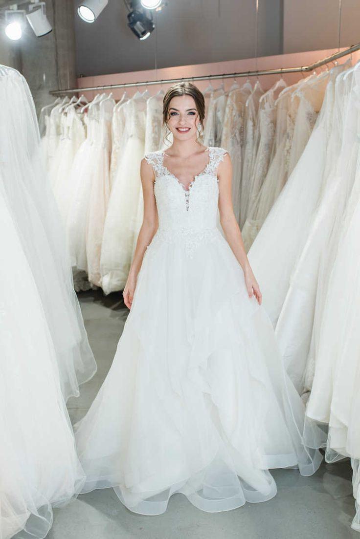 Crusz Brautkleider In 2020  Brautkleid Hochzeitskleid