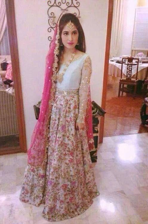 Daastan  Indische Brautmode Schöne Kleider
